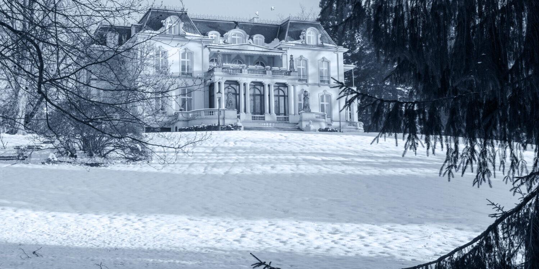 Winterzauber im Park am Palais Biron (Tagungsstätte in Baden-Baden)