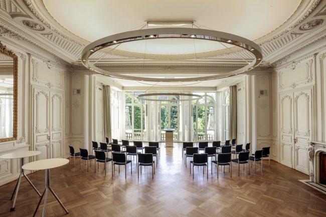 Salon Baden-Baden mit Bestuhlung