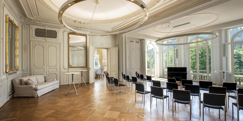 Salon Baden-Baden mit Bestuhlung für eine Tagung